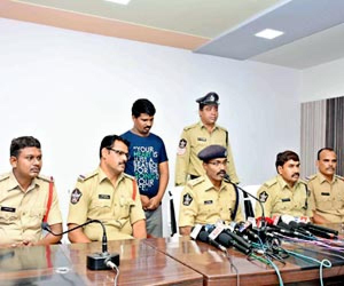 Accused in girl suicide case held