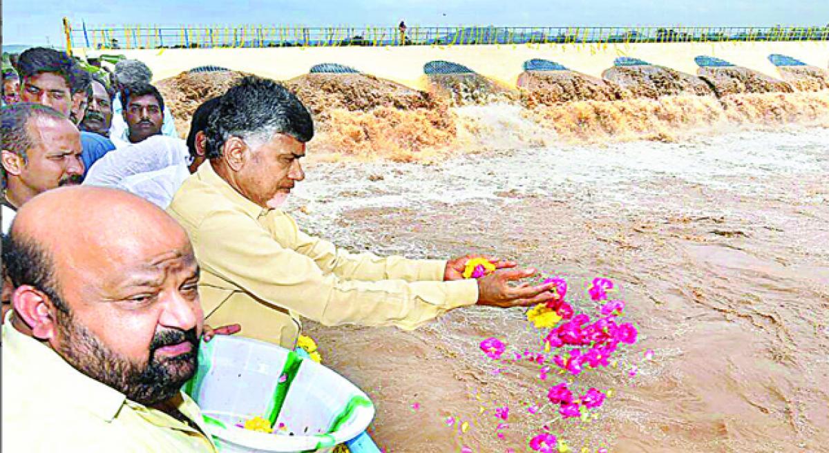 Krishna Pushkaralu water row hots up