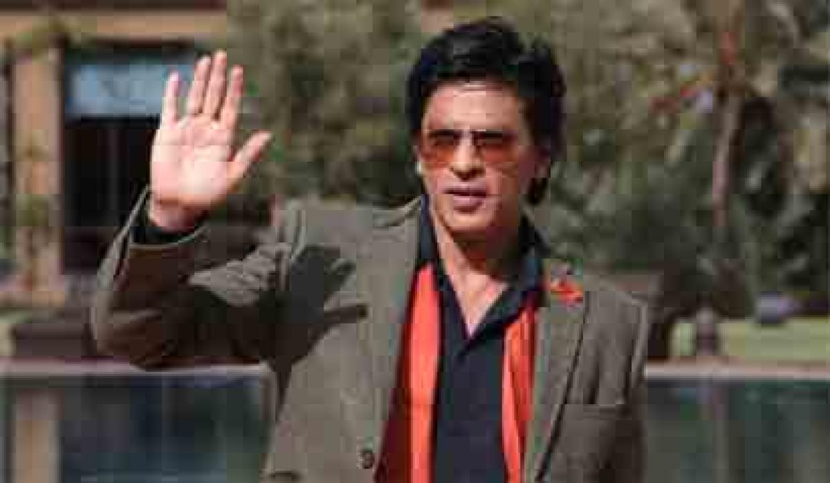 Celebrities can have amazing effect on fans: SRK