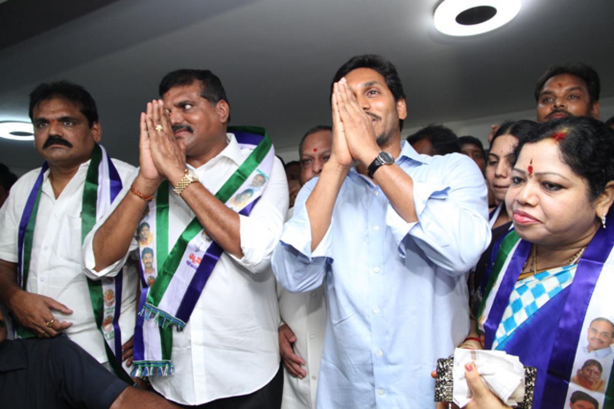 Botcha joins YSRCP, vows to fight Naidu