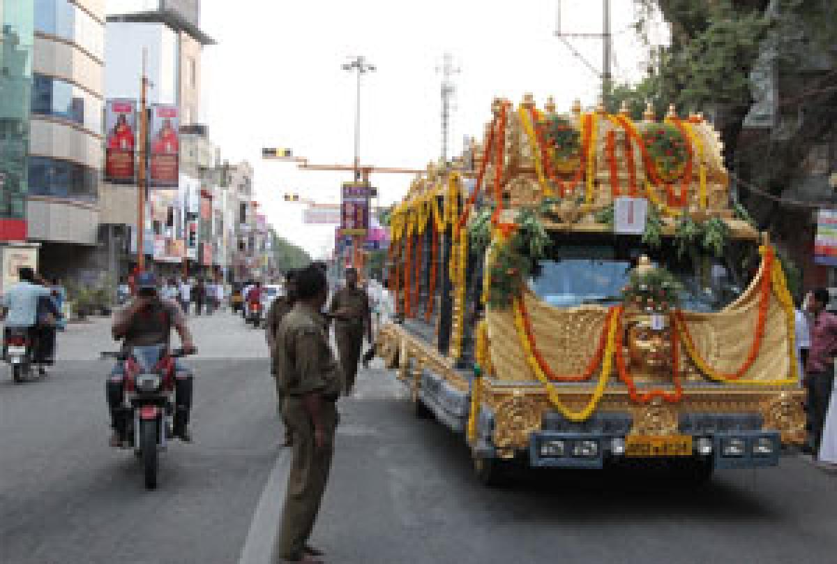 Ramanuja Ratham gets overwhelming response