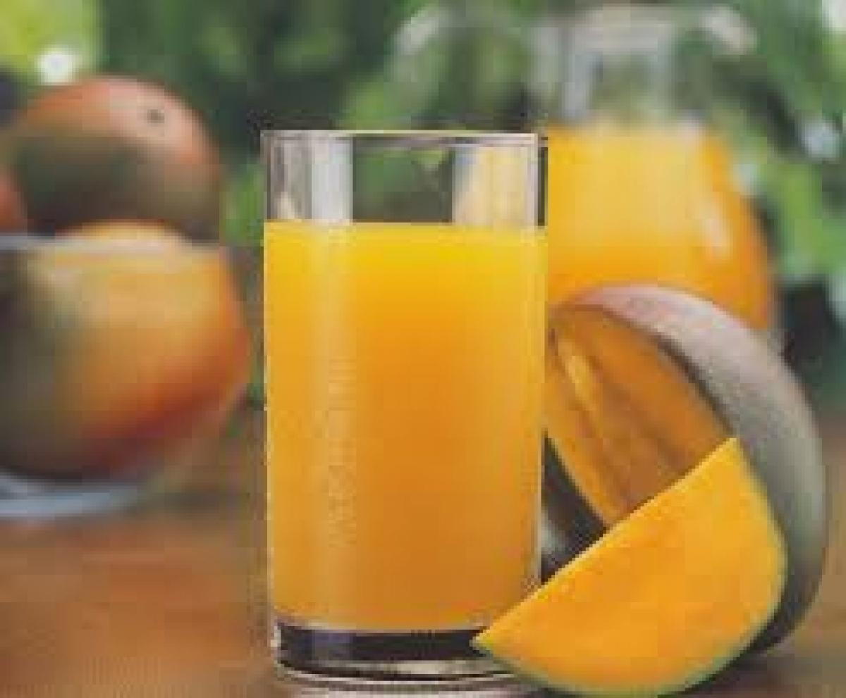 Mango, the kind of fruits rule summer cocktails