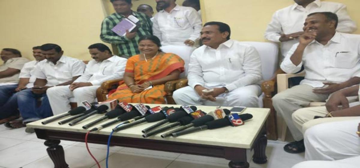 `50 lakh for improving hospital: Gampa