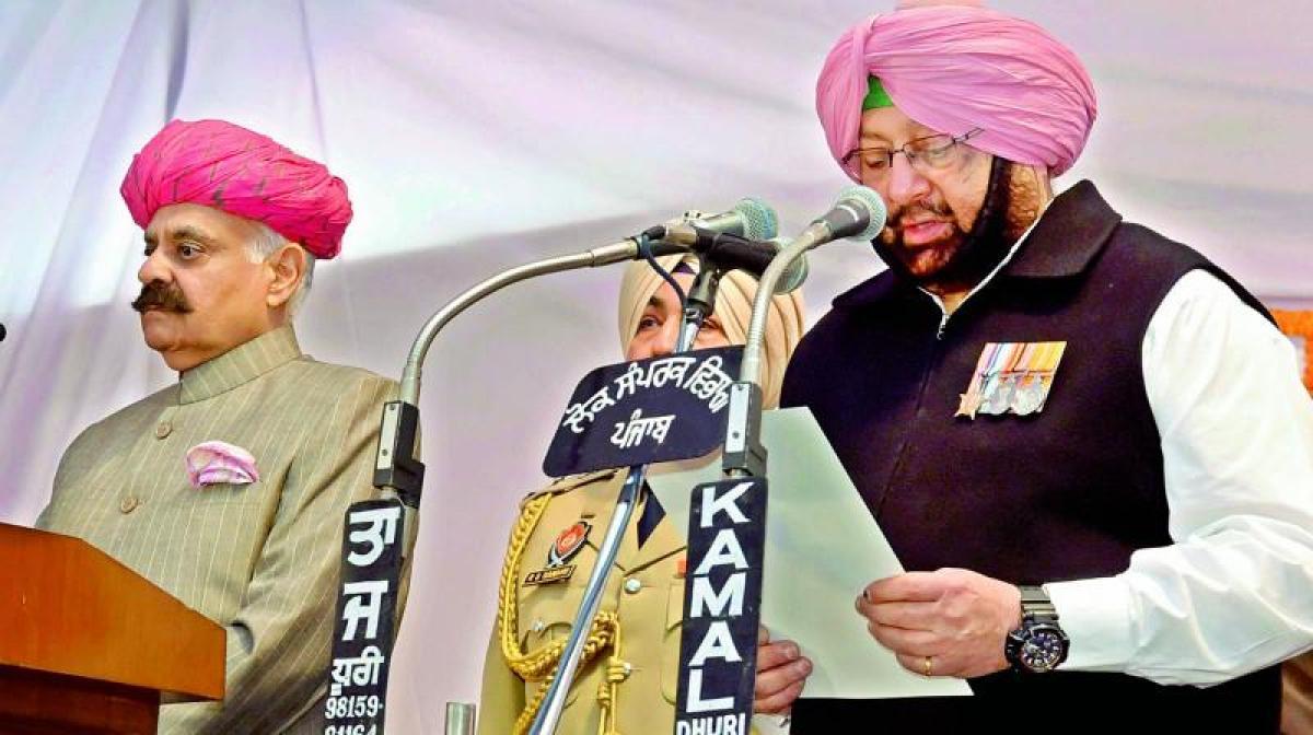Captain Amarinder Singh takes charge as Punjab CM again