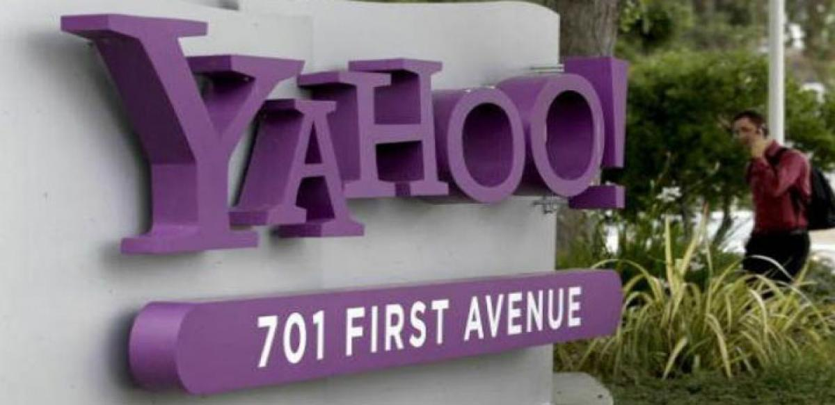 Struggling Yahoo may sell or merge to regain past glory