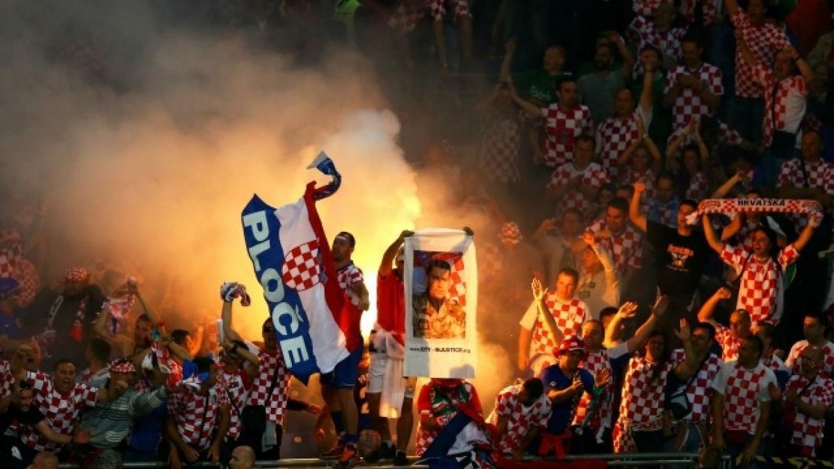 Euro 2016: Croatia coach calls hooligans at the match sports terrorists
