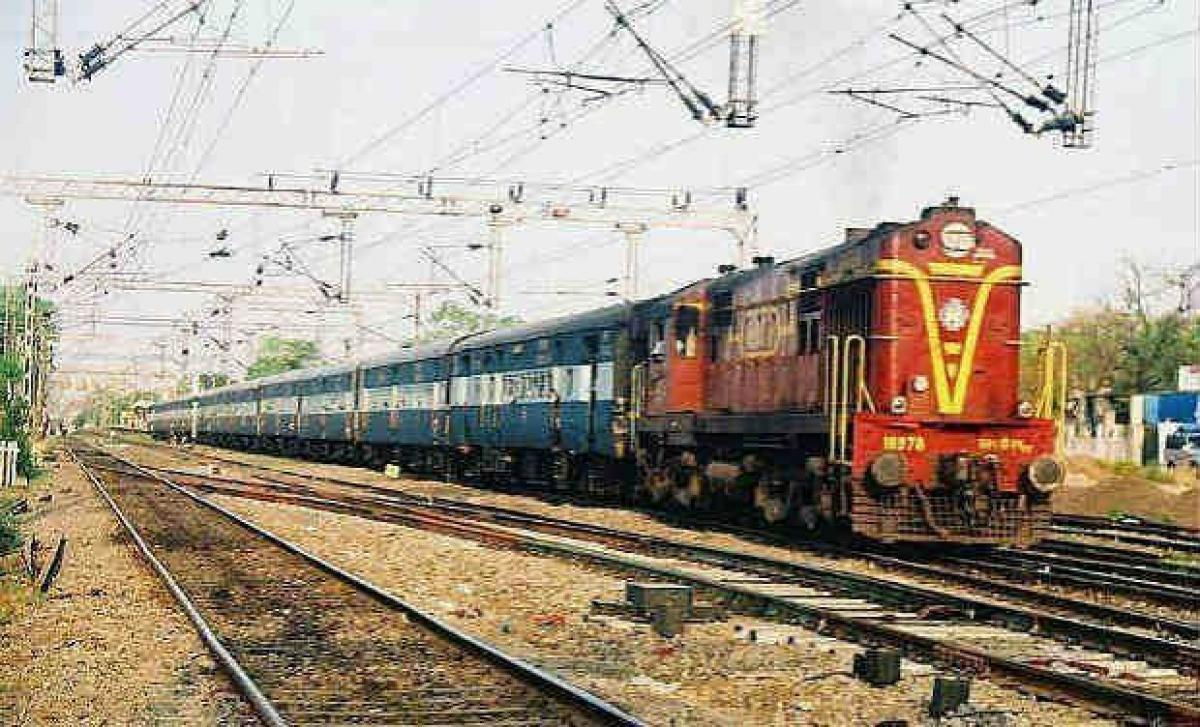 Railways undertake PPP projects worth Rs 14,000 crore