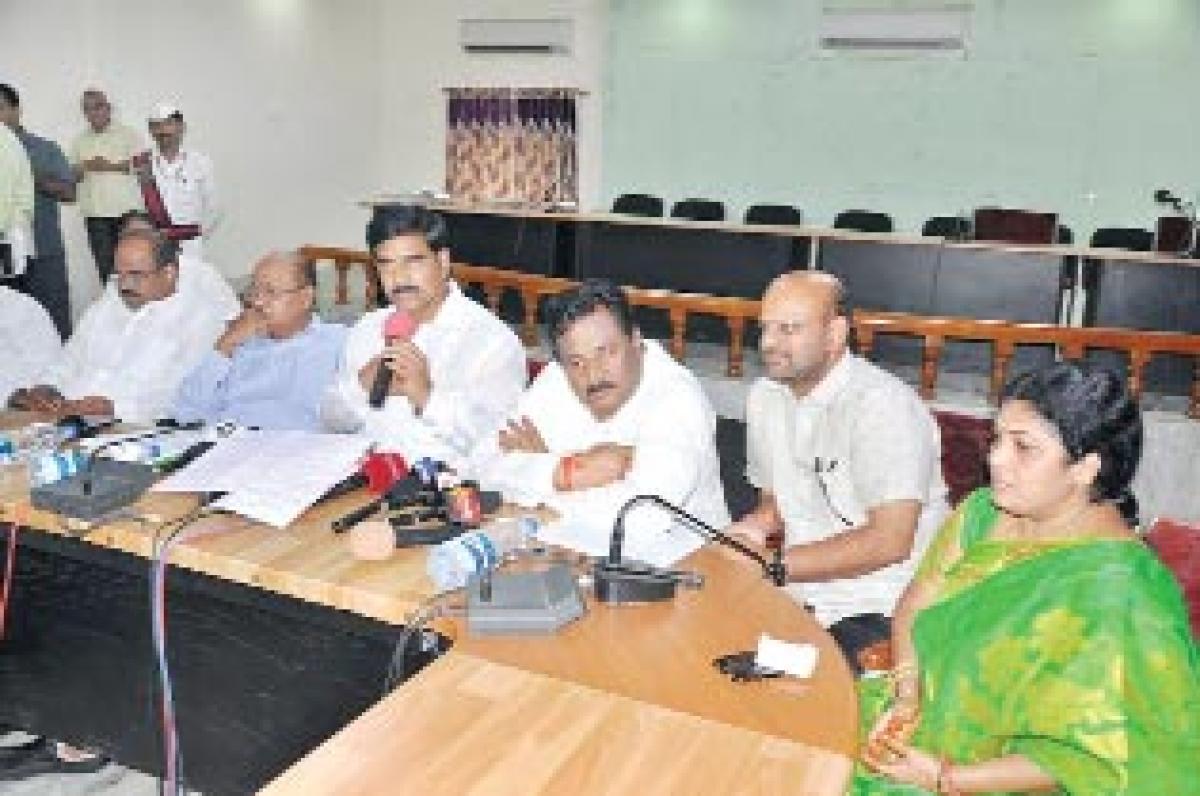 Sithanagaram project by next year: Minister Devineni Uma Maheswara