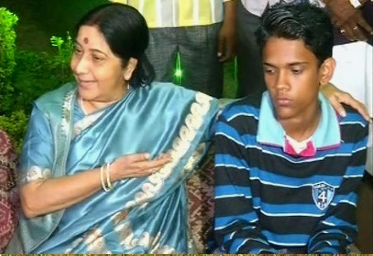 Search for Geetas parents still on, says Swaraj