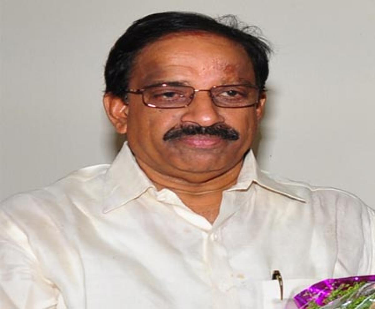 Sufficient water  will be supplied for Rabi: Tummala Nageswara Rao
