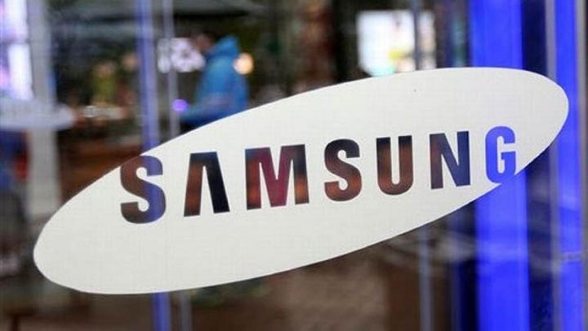 Samsung smartphone lead dwindles over intense competition, Mobile chief replaced
