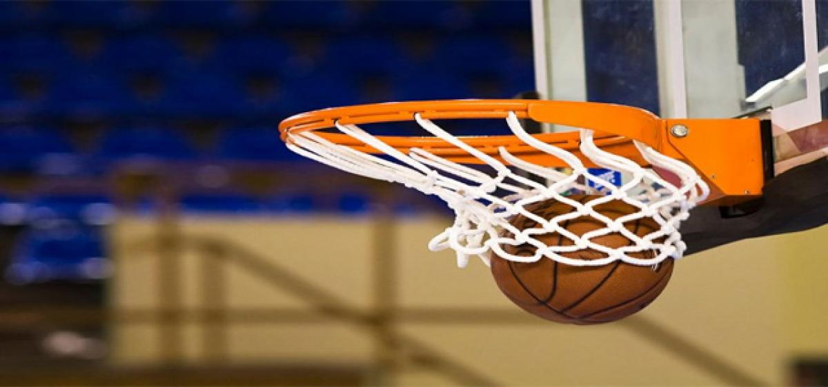 Hyderabad hoopsters retain titles