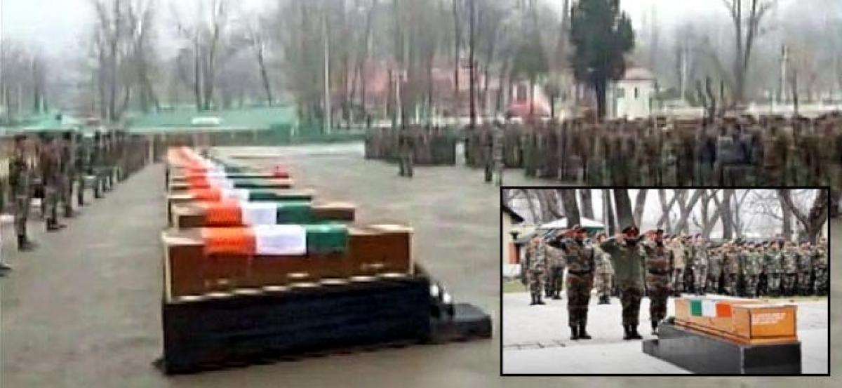 Army pays tribute to soldiers killed in Kashmir avalanches