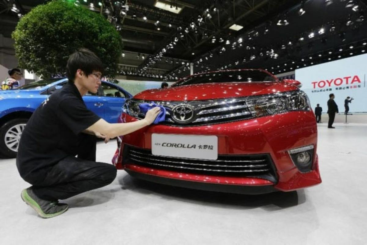 Toyoto forced to cut prices, offer buying incentives in China to up sales