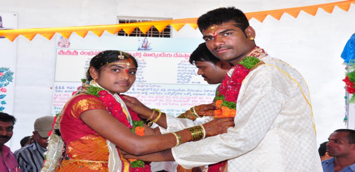 Ayyappa Samiti gifts a grand wedding to orphan girl