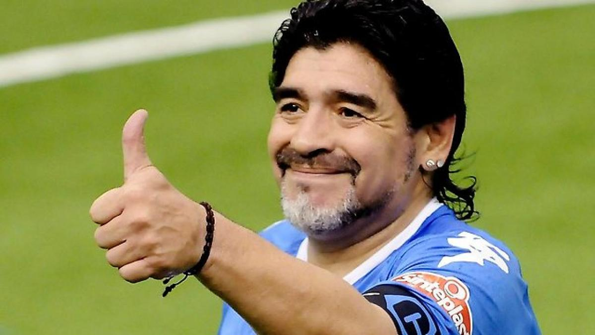 Maradona to kick off Football Carnival in Kolkata