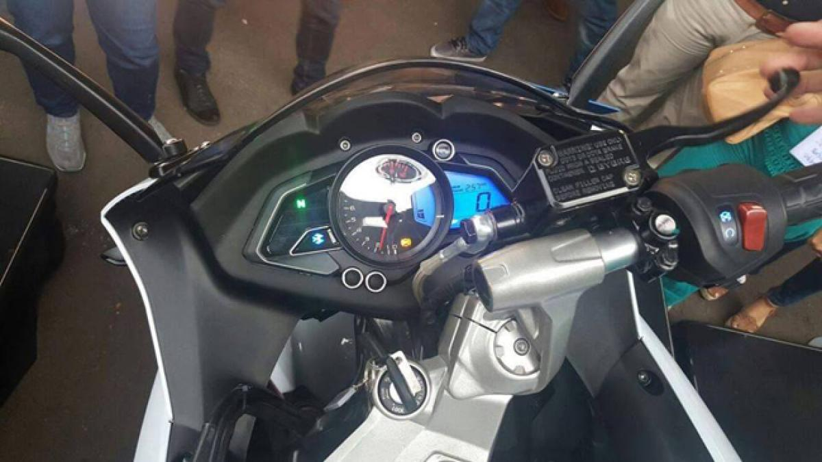 Bajaj Pulsar RS200 gets new color theme in Colombia