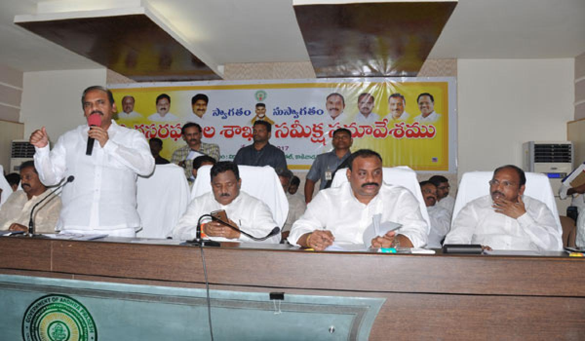 Ministers vow to work for welfare of common man