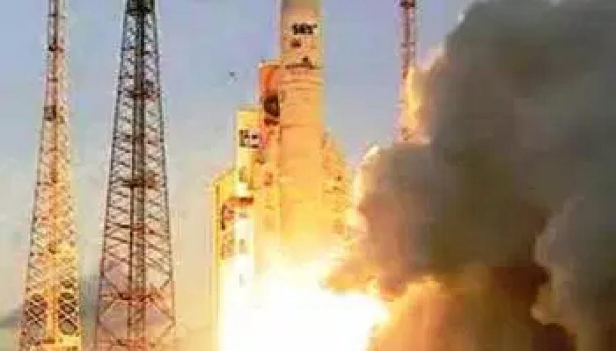 Indian telecom satellite GSAT-15 launched