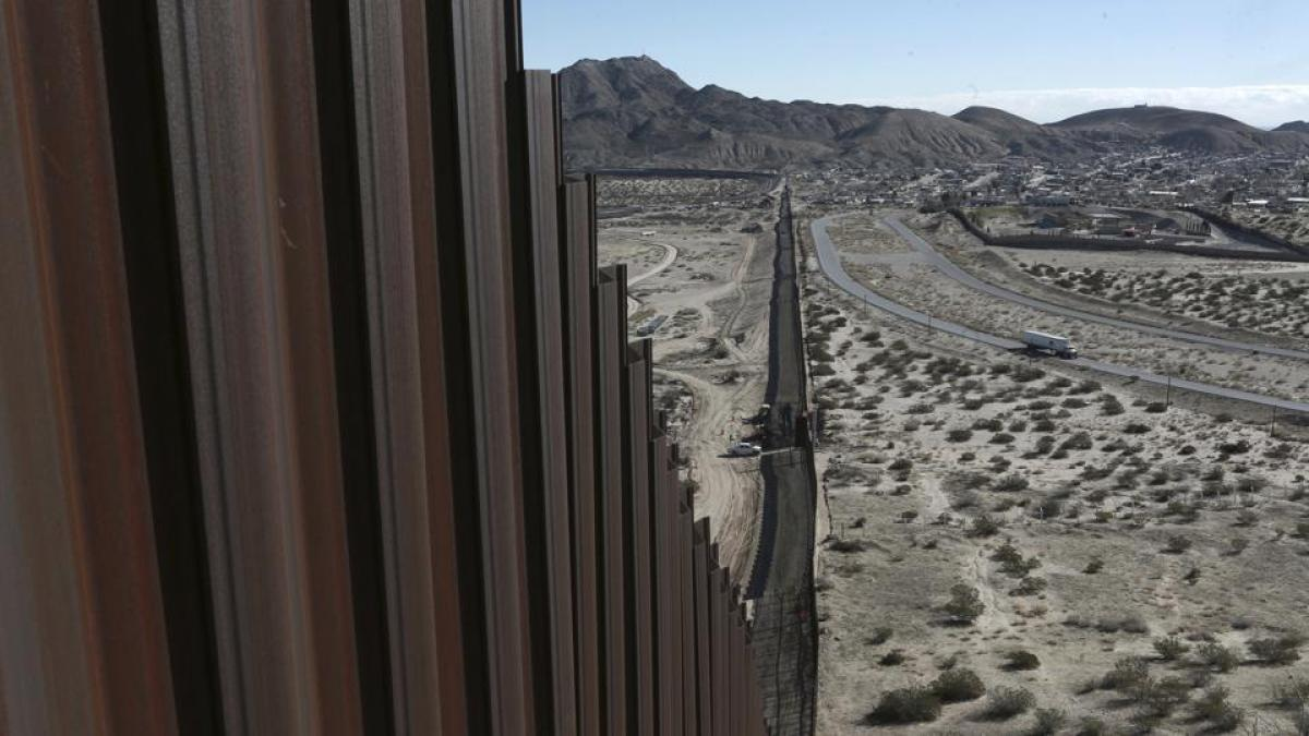Mexicans who help build Trump's wall to be deemed traitors: Top Archdiocese