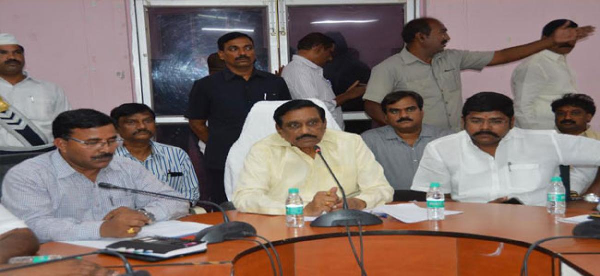 Chief Minister N Chandrababu Naidu keen to complete Gundrevula dam:KE Krishnamurthy