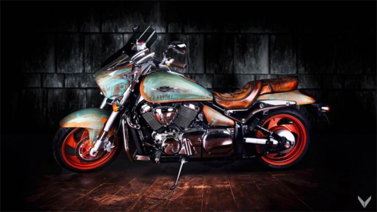 Dont miss: Suzuki Intruder custom bike with copper paint finish