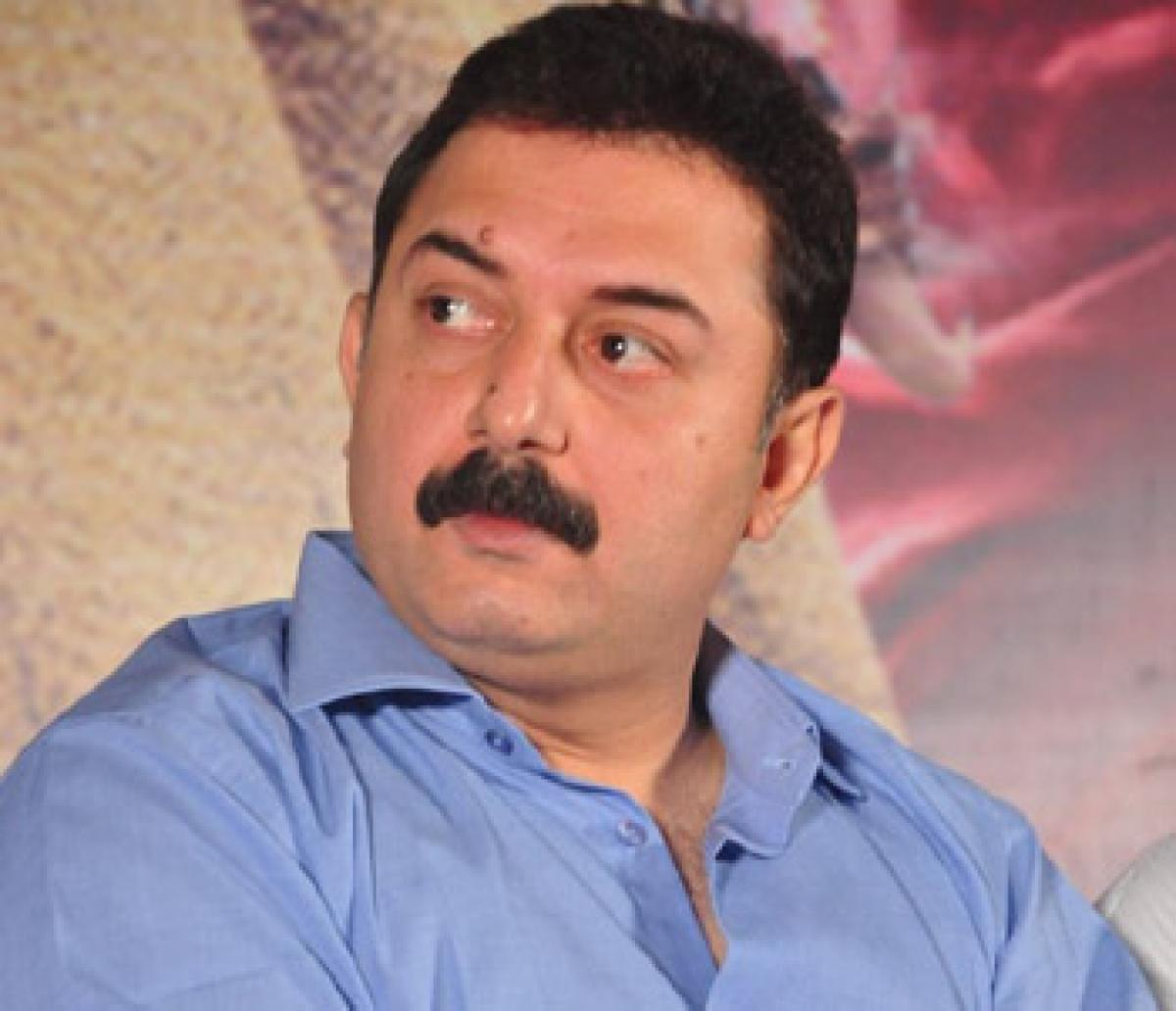 Arvind Swamy returns to Bollywood with Dear Dad