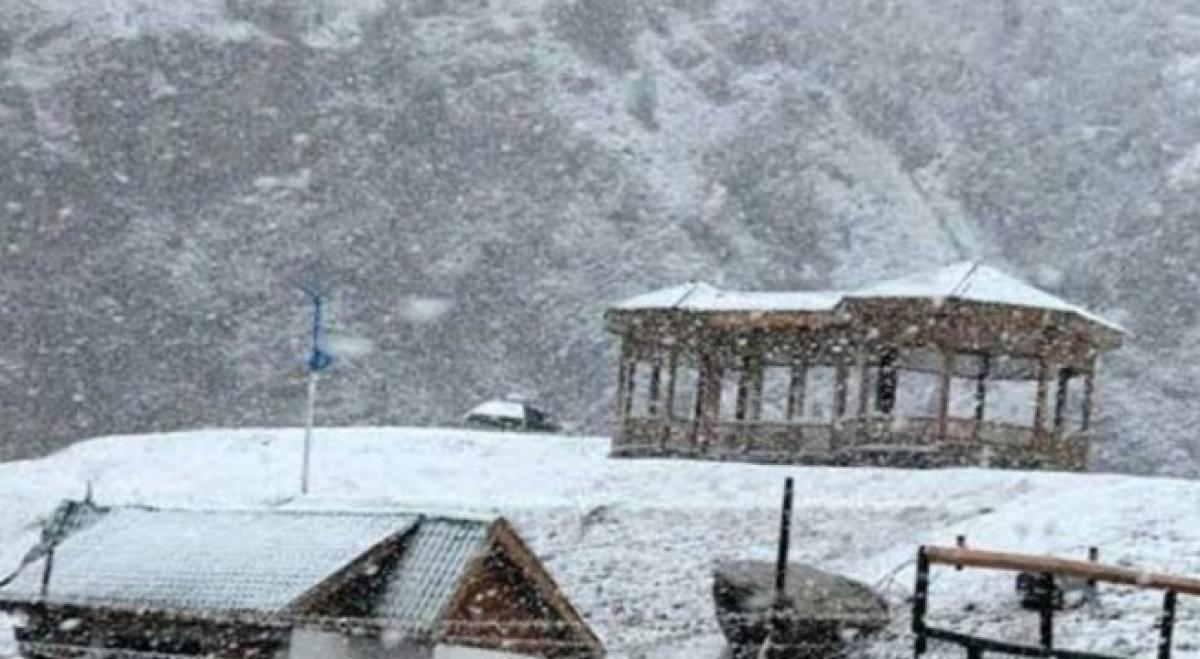 Leh freezes at minus 12.6, Kashmir Valley shivers