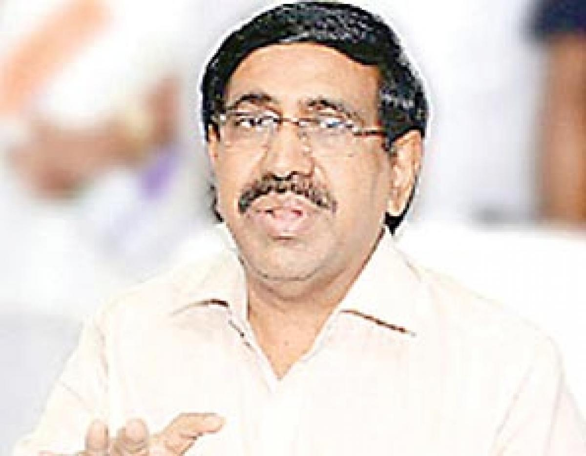 1.75 lakh toilets required in municipal areas: Narayana