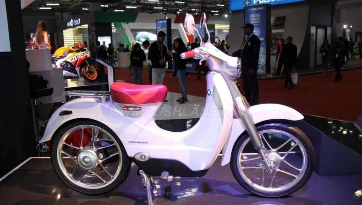 2016 Auto Expo – Honda EV Cub and Honda Neowing
