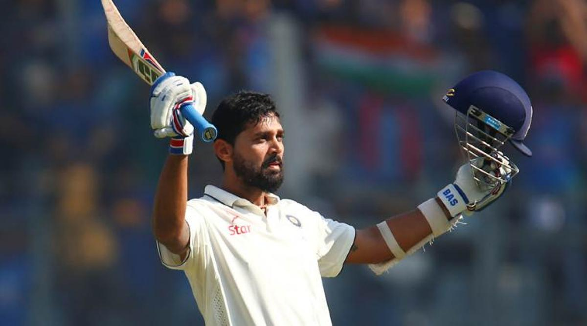 Murali Vijay scores century, India post 247/2 at lunch on Day 3