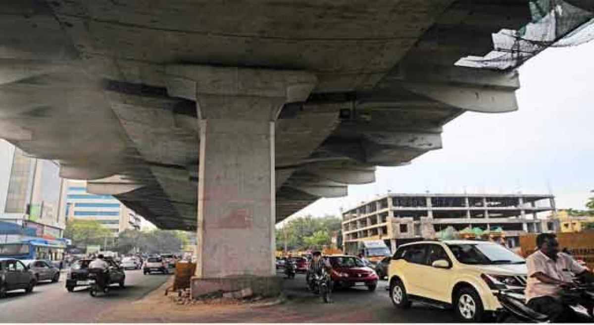 Traffic snarls on Begumpet road to go