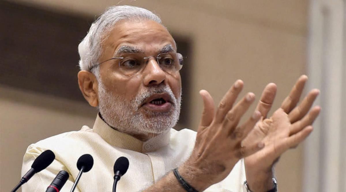 PM Modi hits out at Akhilesh Yadav, says he is doing nothing to develope state