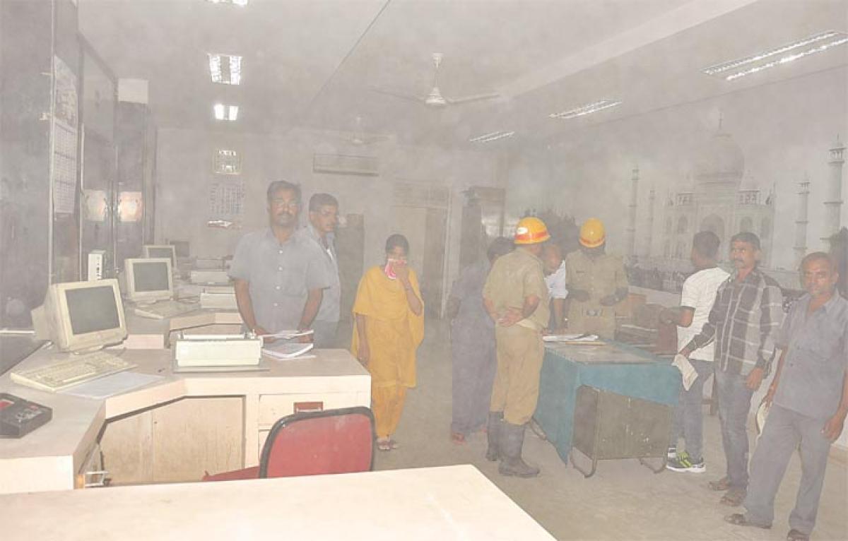 Fire breaks out at Kalaburagi Railway Station