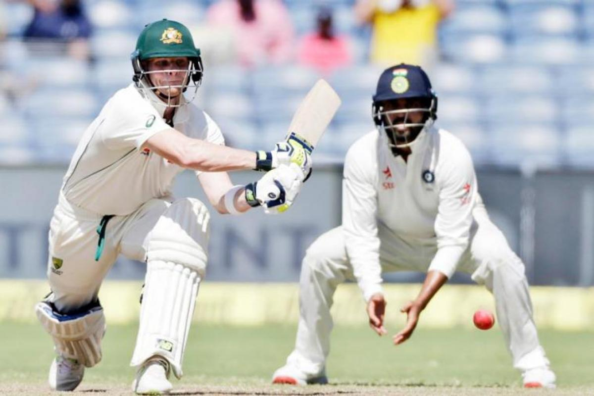 Australia score 131/1 at lunch on Day 1