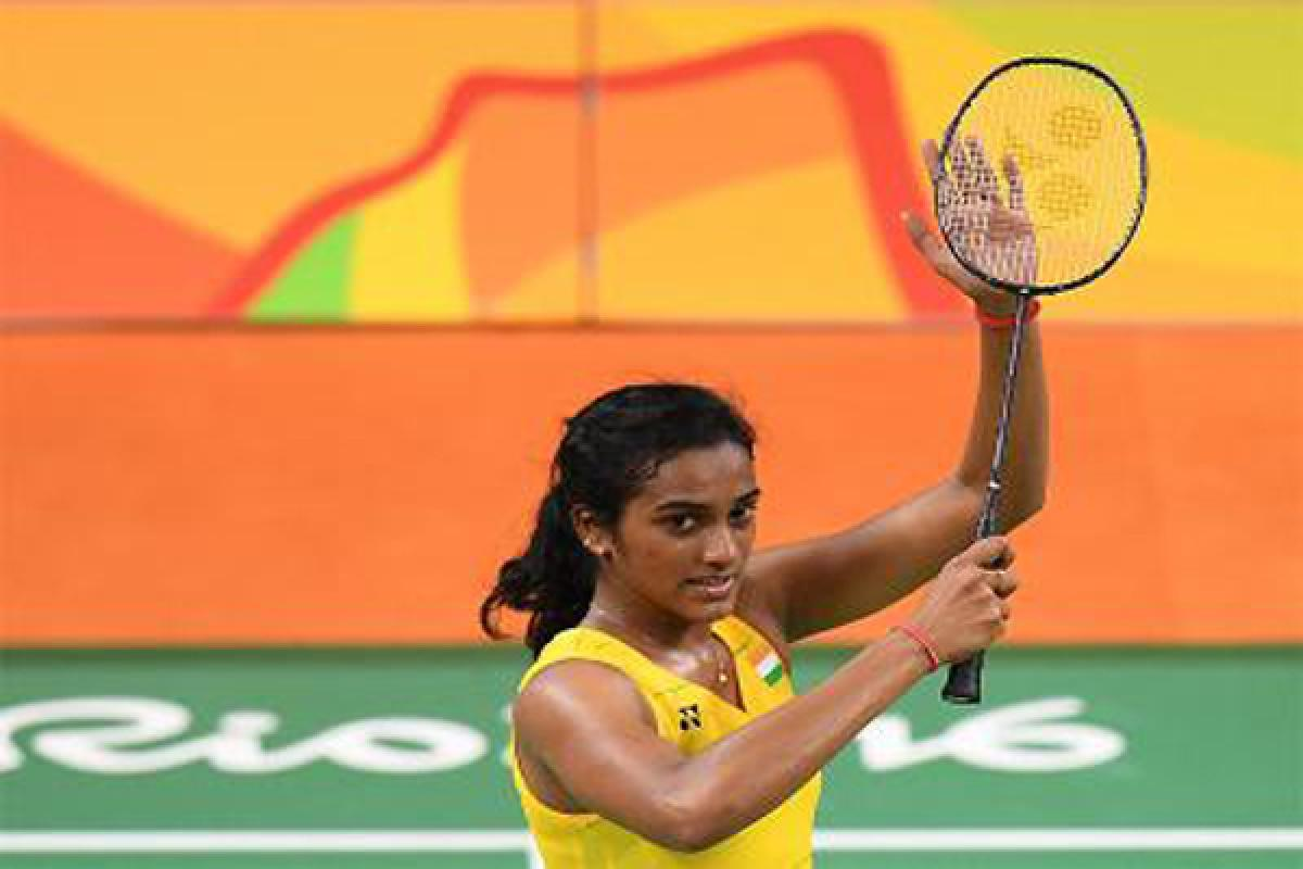 Check out how Bollywood celebs reacts after P V Sindhu enters into finals