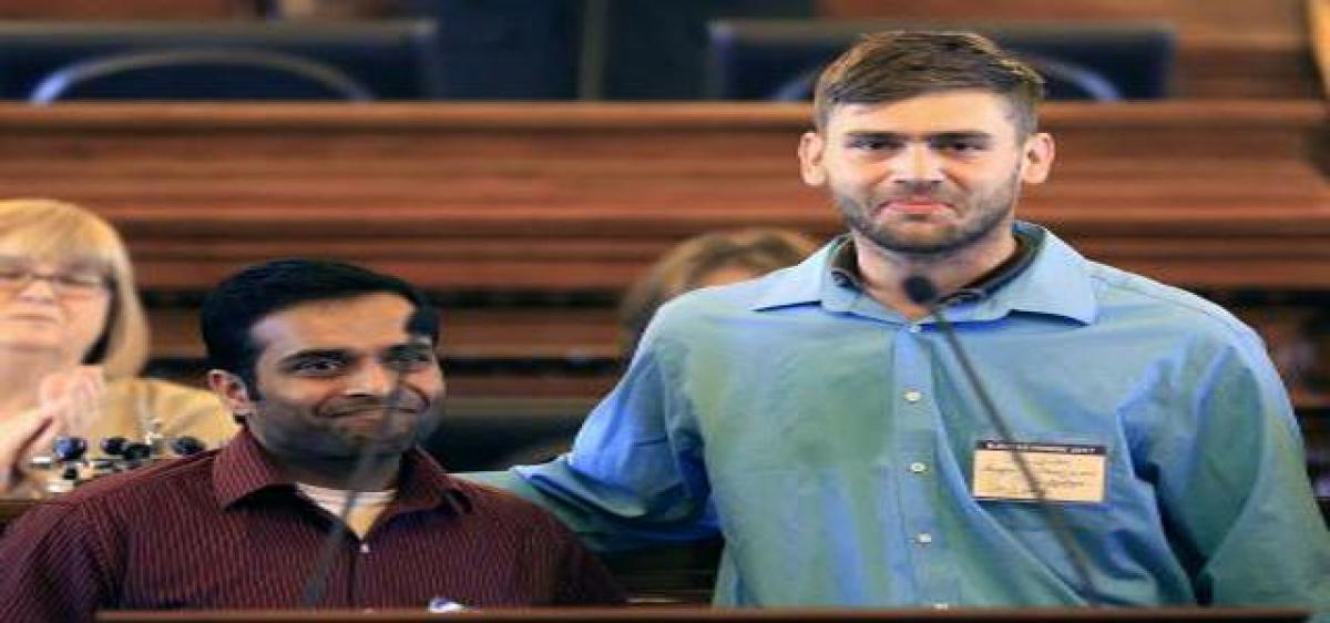 $100,000 award to US man who took bullets for Kuchibhotla