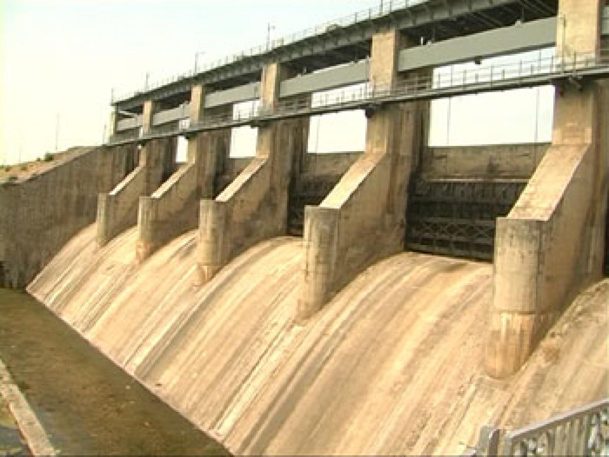 Depleting water level causes concern