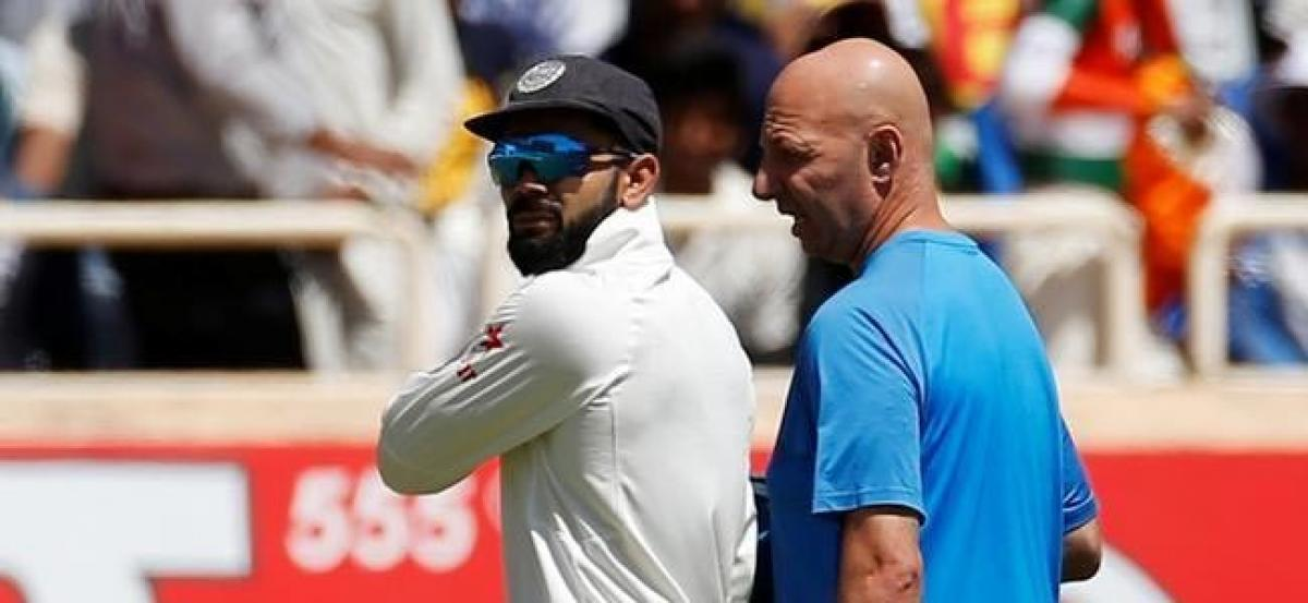 Recovering Kohli does not take field on day tw