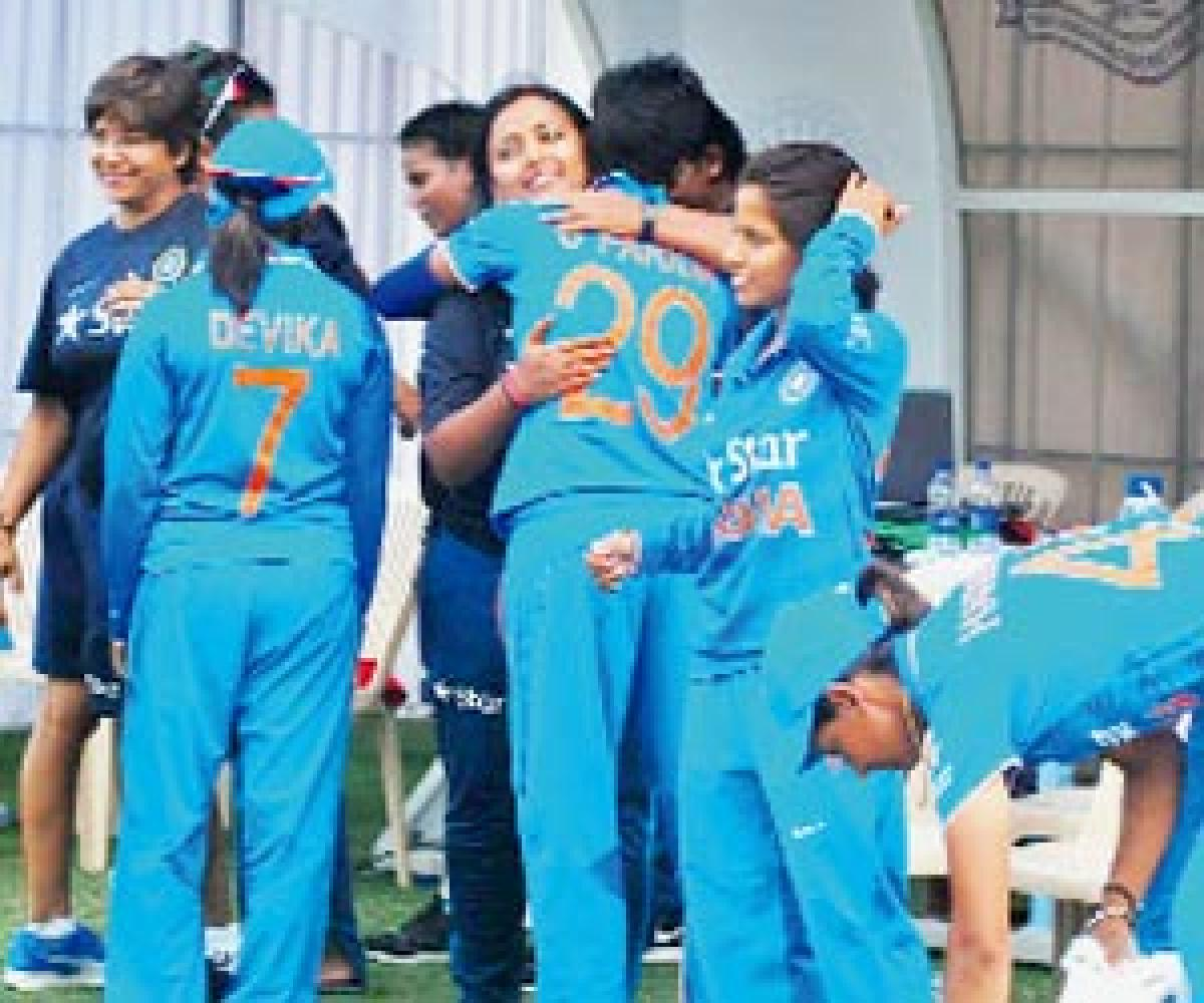 Indian women to forfeit games against Pakistan