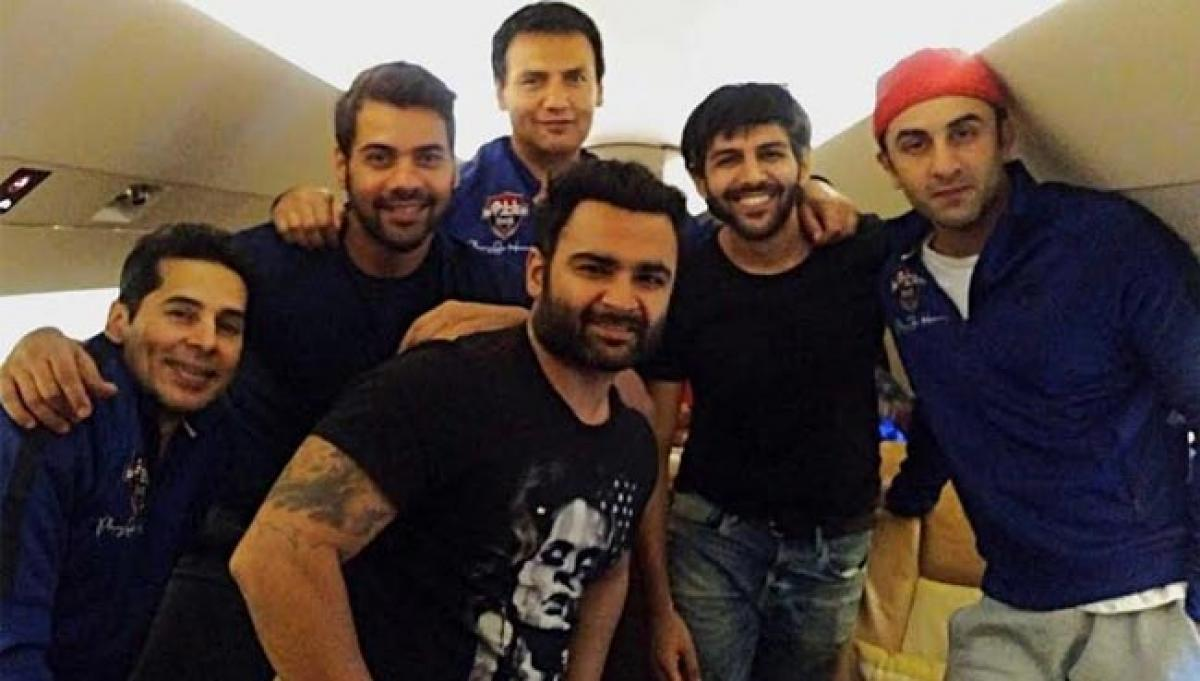 Kartik Aryan flies to New Delhi with Ranbir Kapoor for a charity football match!