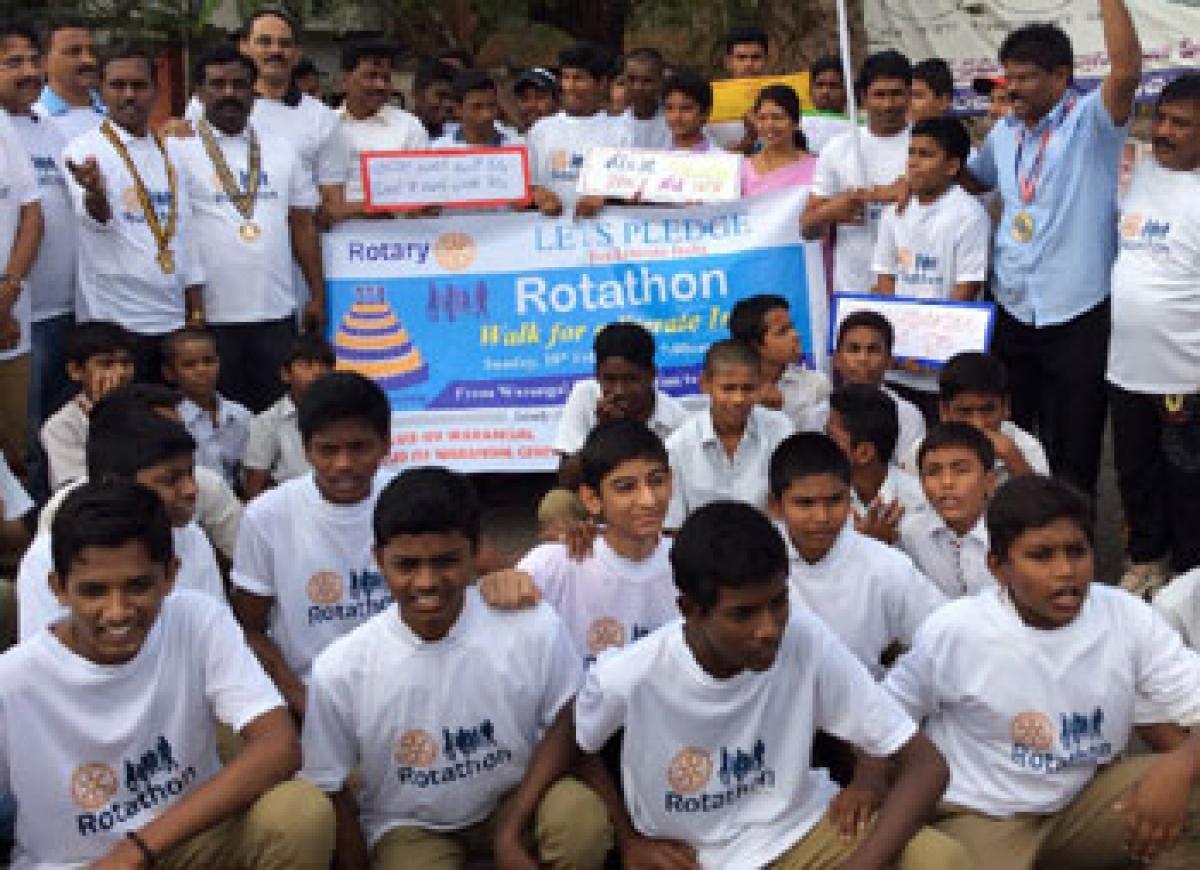 Good response to 'Rotathon Walk' for 100% literacy
