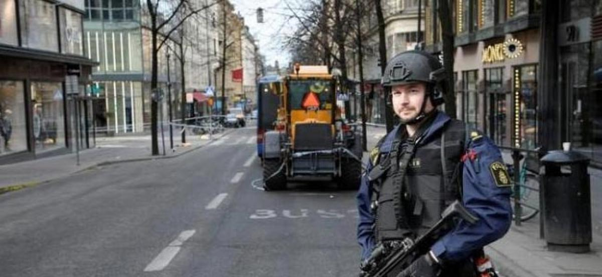 """Swedish police say found """"device"""" in truck used in Stockholm attack"""