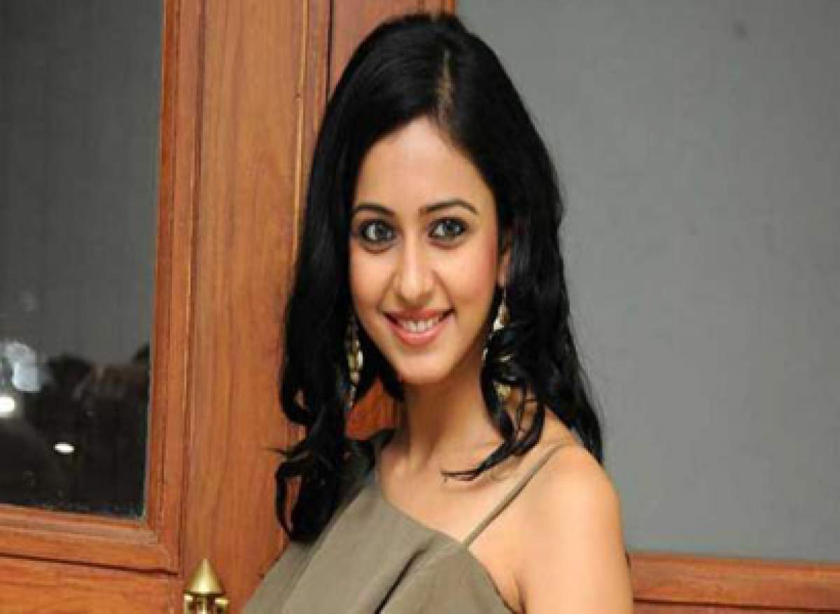 Nannaku Prematho actress sings praises of Sukumar