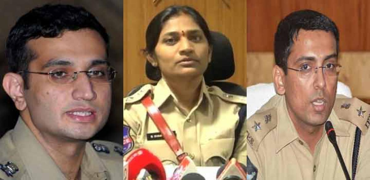 IPS officers transferred