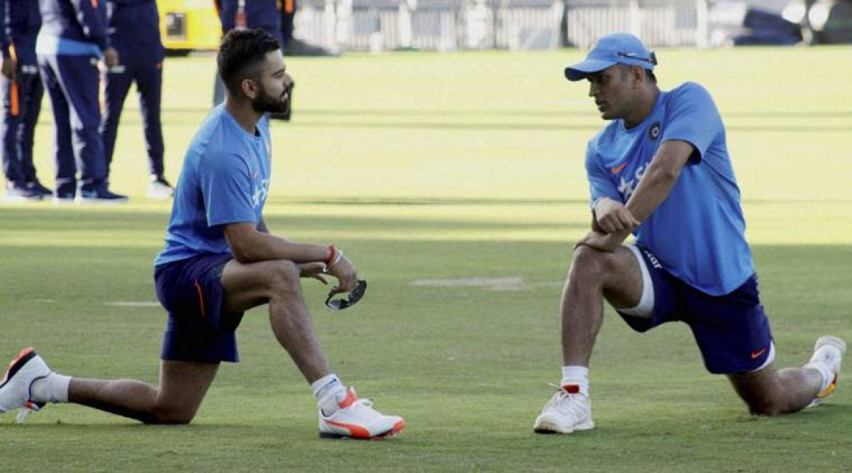 Dhonis inputs would be invaluable for DRS, says Kohli