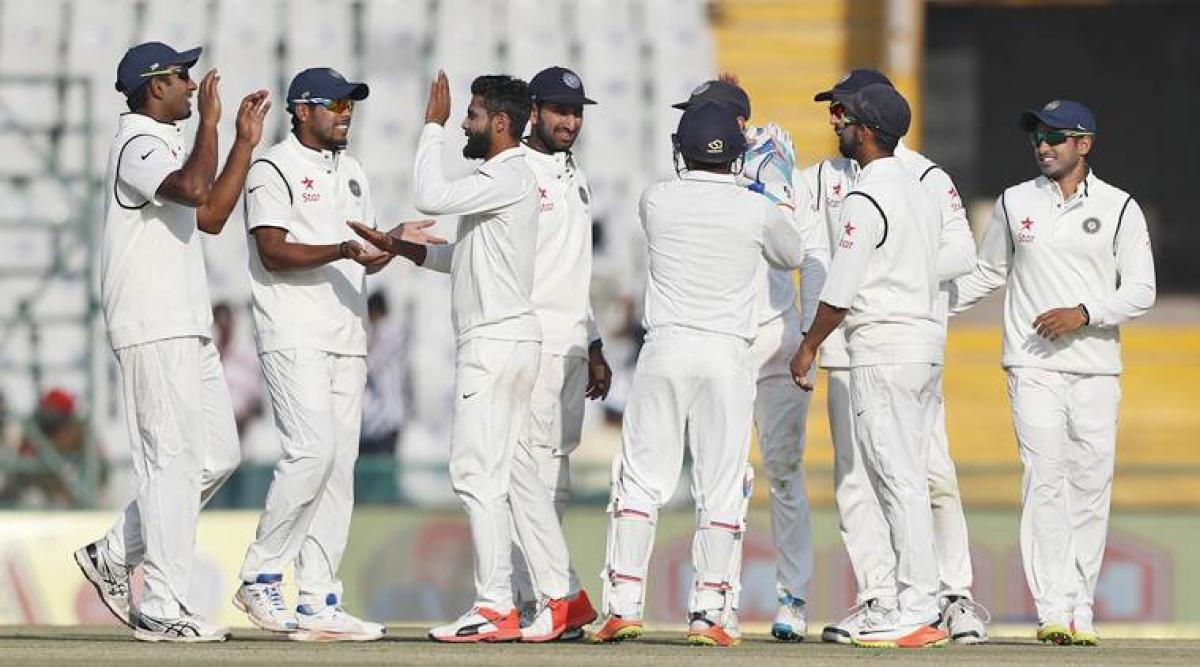 India bowl out England for 283