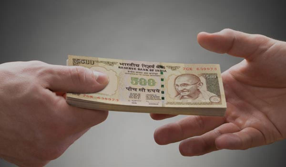 Cash strapped Kerala to bank on NRI funds