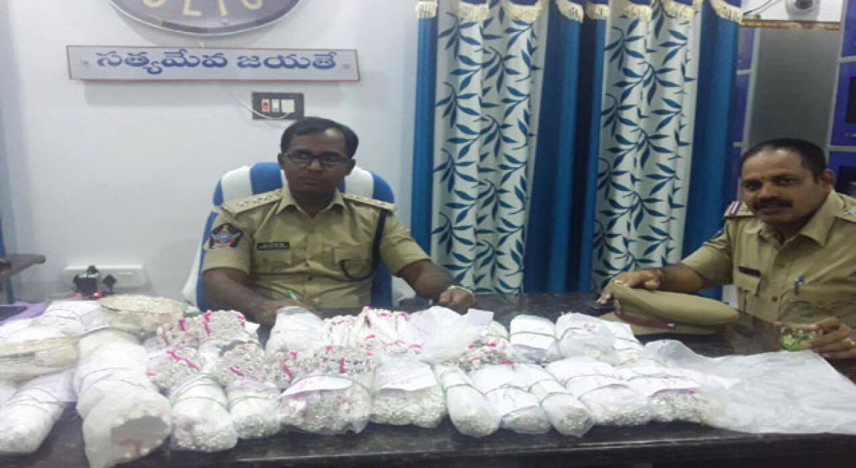 39.59 kg silver articles seized.