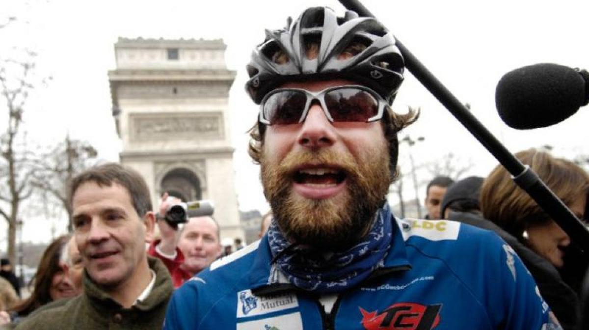 Briton aims to cycle around the world in 80 days